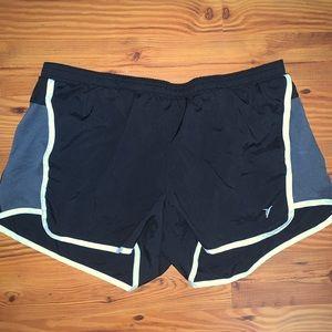 Old navy Active shorts